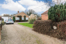 4 bed Detached Bungalow for sale in Green Lane West...