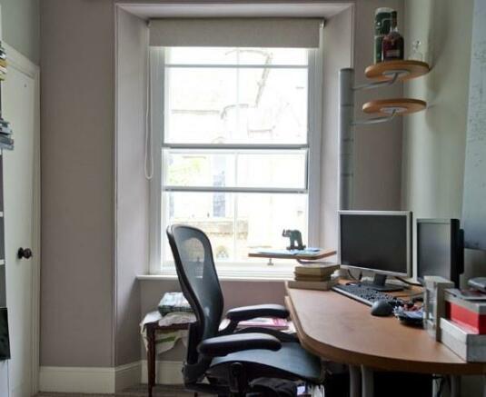 Single bedroom or Office.