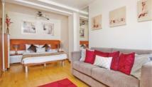 Studio flat in Old Brompton Road, London