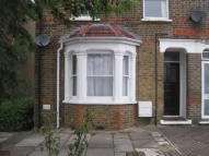 Maisonette in Belmont Road, Uxbridge