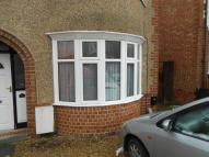 Flat to rent in ANNESLEY ROAD, Oxford...