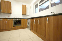 Flat to rent in Morley Street...