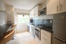 Flat to rent in 34 Gillingham St...