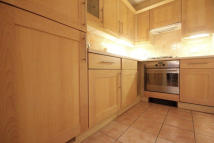 Flat to rent in Higher Timber Street...