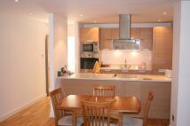2 bedroom Flat to rent in Lower Marsh, Waterloo...
