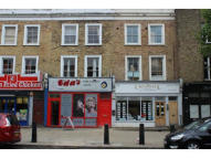 Caledonian Road  Terraced property to rent