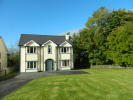 5 bedroom Detached home in 3 Holly Park...