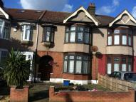 Dawlish Drive Terraced house to rent