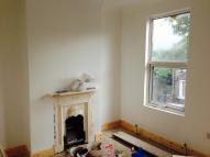 2 bed Flat to rent in Elm Park Road, London...