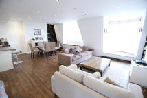 3 bed Apartment to rent in Hyde Park Place, London...