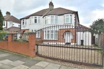 3 bed semi detached property for sale in Bourne Hill, London, N13