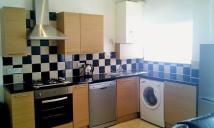 4 bed house to rent in Kingswood Road...