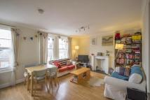 Flat to rent in Endymion Road, Brixton...