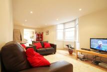 2 bed Flat to rent in Leander Road, Brixton...