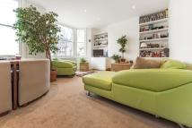 2 bedroom Flat for sale in Medora Road, London SW2