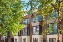 4 bed Terraced home for sale in Josephine Avenue...