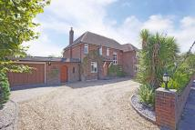 property for sale in 12 Willow Walk, Englefield Green