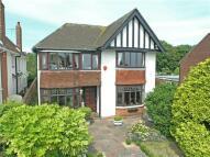5 bedroom Detached home in Dumpton Park Drive...