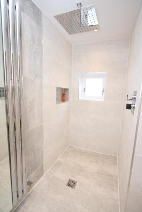 Ground Flr Wet Room