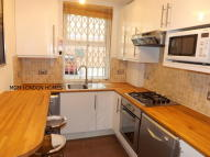 Flat to rent in Grange House, The Grange...