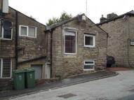 Flat to rent in Back Chapel Street...
