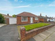 3 bed property in Hawthorn Avenue, ...