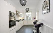5 bedroom Flat to rent in Belsize Square...