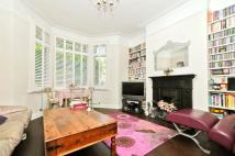 2 bed Apartment to rent in Harvist Road...