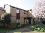 2 bedroom Maisonette for sale in Farmborough Close...