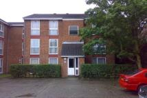 Flat in Archery Close, Harrow...