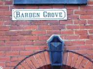 Barden Grove End of Terrace property to rent