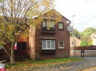 Flat to rent in Walesby Court, Adel...