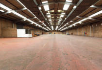 property to rent in Unit 4/5, Summit Crescent,