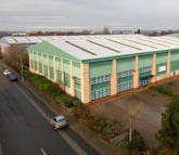 property to rent in Unit 9, Junction 6 Industrial Estate,