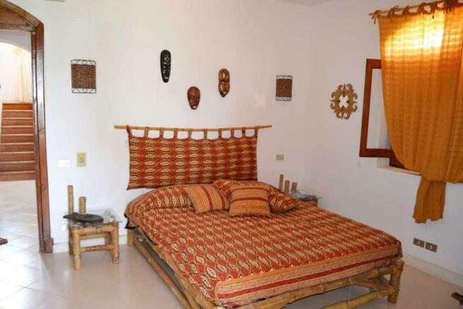 2nd bedroom gr.fl