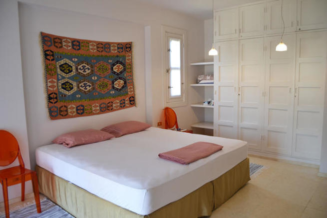 1st bedroom gr fl
