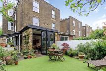 5 bed house in Harvist Road, London, NW6
