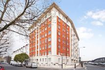 Flat in Westbourne Court...