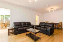 3 bed property to rent in Warwick Road, Ealing, W5