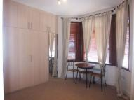 Studio apartment in Regina Road, West Ealing...