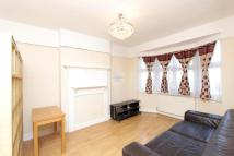 Flat to rent in South Ealing Road...