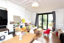 1 bedroom Flat to rent in Oakley Avenue...