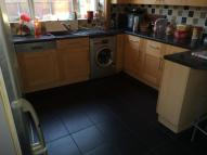 3 bedroom semi detached house to rent in Saltergate Drive...