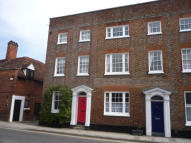 Town House to rent in Bell Street...