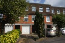 3 bed Town House in QUEEN CLOSE...
