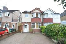 5 bed semi detached house in Meadow Road, WATFORD...