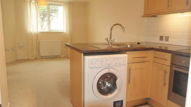 Kitchen New 2.jpg