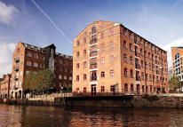 property to rent in Victoria Wharf, 