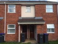 Flat to rent in Bulford Road, Durrington...