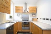 2 bedroom Ground Flat in Cavendish Road, SW12